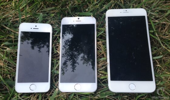 左からiphone5s、iphne6(4.7インチ版)と(5.5インチ版)