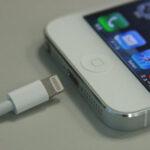 非正規品の充電ケーブルでiPhone5が故障する現象が発生しているよ!